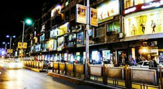 مركز تجاري كبير في شارع الحمرا للبيع – سوبر ديلوكس موقع مميز